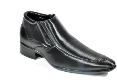 Big Wing Stylish Black Ankle Length Formal Slip On Shoes