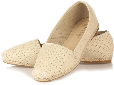 Vero Couture Doted Beige Casuals