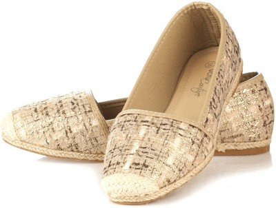 Vero Couture Embellished Beige Casuals