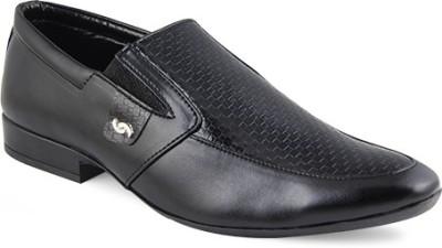 Zapatoz Black Formal Slip On Shoes