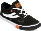 Sparx Canvas Shoes (Black, White)