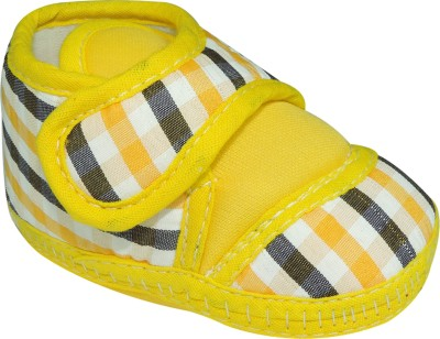 Ole Baby Checkered Print With Velcro Closure Casual Shoes