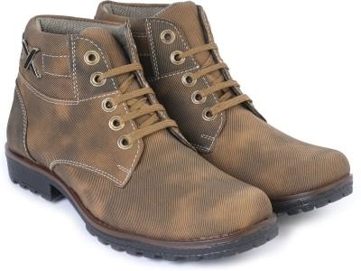Windus Textured Boots