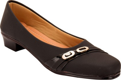 Solester Slip On Shoes