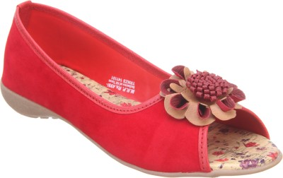 Titas Women Red Casual Bellies