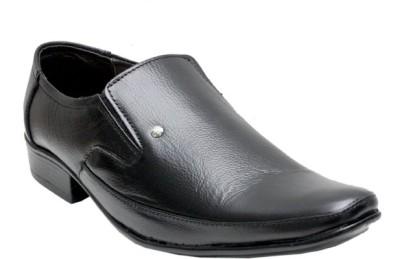 Arnaldo Slip On Shoes