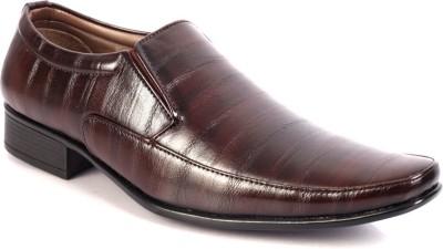 100 Walker Formal Shoe