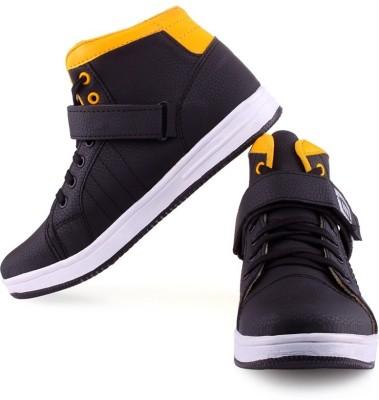 CLERK Sneakers