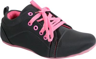FashionPedia Casuals, Sneakers