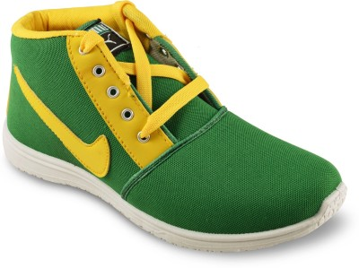 Amvi Hockey Green Casuals Shoes