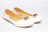 Mamta Footwear Girls(White)