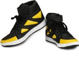 Braavosi Boots (Black, Yellow)