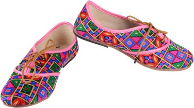 Mochadi Partywear Hand Made Exquisite Ethnic Shoes Party Wear