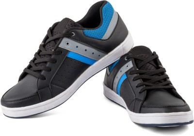 Woodmark Canvas Shoes