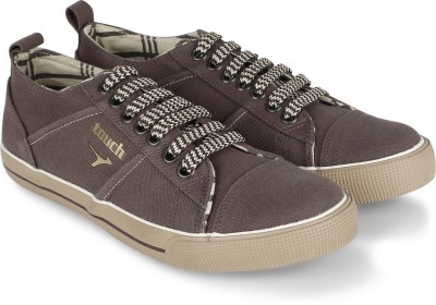 Lakhani Plain Canvas Shoes