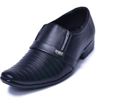 Aadolf 802 Slip On Shoes