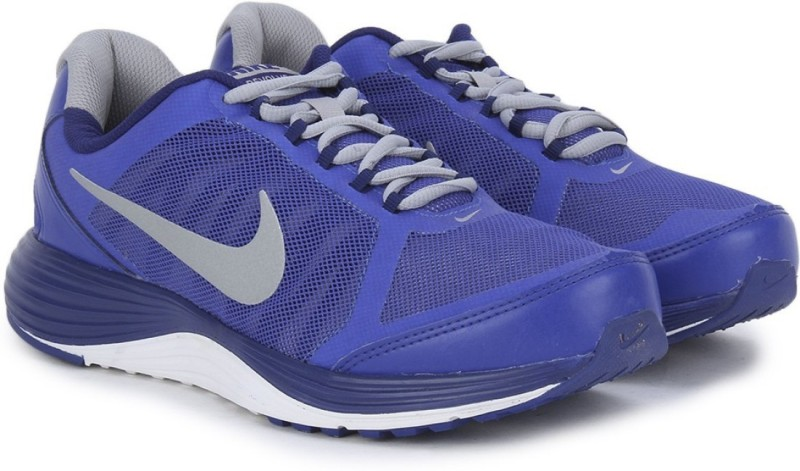 Nike REVOLVE 2 Running Shoes