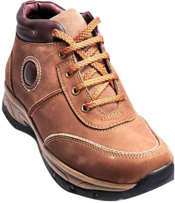 Ajanta Brown Outdoor Shoes