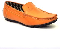 Vogue Guys Valuable Yellow Loafers