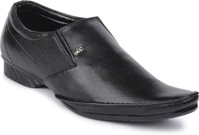 Semana Slip On Shoes