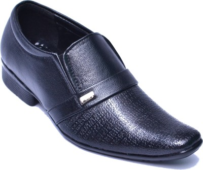 Aadolf 805 Slip On Shoes