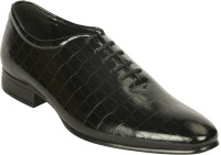 Bacca Bucci Lace Up Shoes best price on Flipkart @ Rs. 1039