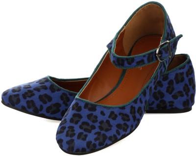Vero Couture Leopard Print Casual Shoes