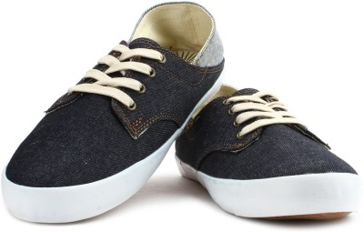 Levi's Men Sneakers(Blue)