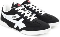 Lee Cooper Men Sneakers(Black, White)
