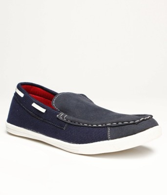 Red Cube Casual Shoes