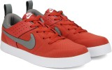 Nike LITEFORCE III Sneakers