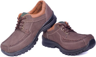 Leo-Max Outdoors Shoes