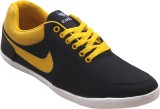 Vonc Canvas Shoes (Black)