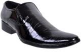 Fescon Alluring Slip On Shoes (Black)