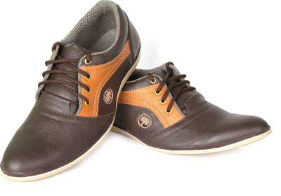 A G Footwear AG200 Casual Shoes