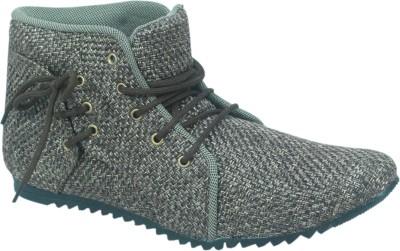 Kzaara Boots