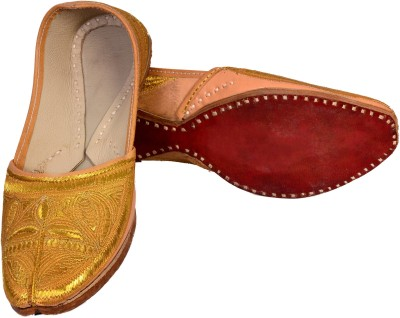 Skill India Men,S Leather Punjabi 7007 Jutis