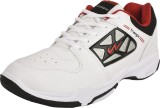 Campus TRIANGLE Running Shoes (White, Re...
