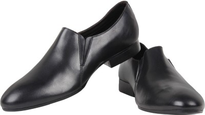 Zeta Plain Charm Slip On Shoes
