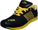 Triqer Sport Running Shoes (Black, Yello...