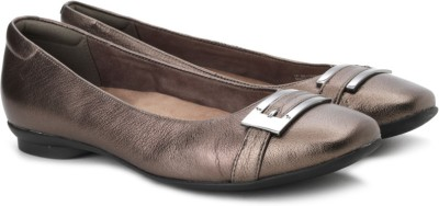 Clarks Candra Glare Bellies(Brown) at flipkart