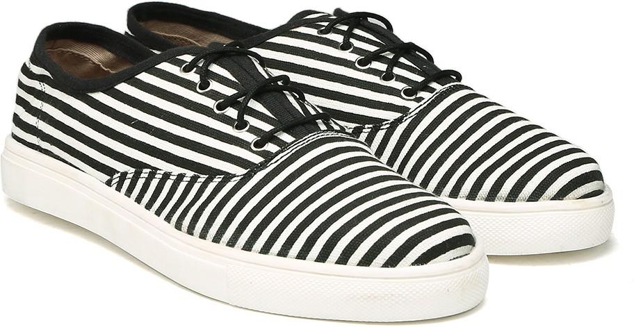 Deals - Bangalore - Reebok, Puma... <br> Shoes<br> Category - footwear<br> Business - Flipkart.com