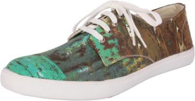 Futs Sneakers