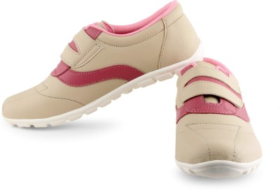 World Of Fashion Running Shoes