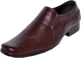 Lufunder Slip On Shoes (Brown)