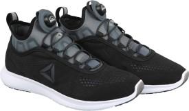 Reebok PUMP PLUS TECH Running Shoes(Black)