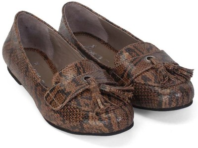 Brune Exotic Snake Print Loafers