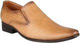 Wave Walk Simple and Stylish Slip On Sho...