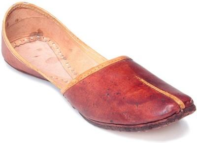 Mochi Women Ethnic Shoes