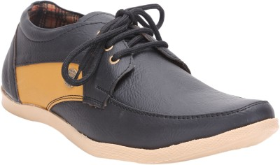 Quarks Black Casual Shoes